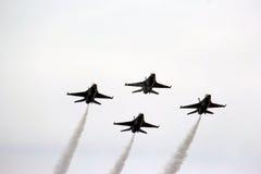 Πολεμική Αεροπορία των Η.Π.Α. Thunderbirds στο σχηματισμό Στοκ φωτογραφία με δικαίωμα ελεύθερης χρήσης