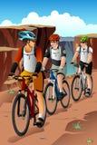 Ποδηλάτες στο βουνό ελεύθερη απεικόνιση δικαιώματος