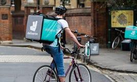 Ποδηλάτης Deliveroo Στοκ φωτογραφίες με δικαίωμα ελεύθερης χρήσης