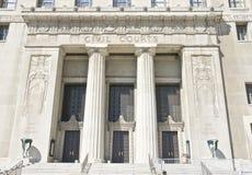Πολιτικά δικαστήρια που ακούνε την οικοδόμηση στοκ εικόνα με δικαίωμα ελεύθερης χρήσης