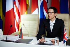 Πολιτικός στη σύνοδο κορυφής στοκ φωτογραφία με δικαίωμα ελεύθερης χρήσης