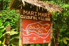 Πολιτιστικό του χωριού σημάδι των Μάρι Μάρι σε Sabah, Μαλαισία στοκ εικόνα