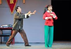 Πολλοί μια φιλονικία όπως έρχεται περίπου μέσω ενός παλτού παρανόηση-Jiangxi OperaBlue Στοκ εικόνα με δικαίωμα ελεύθερης χρήσης