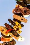 Πολλοί χρωμάτισαν τη σφραγισμένη περίληψη λουκέτων μετάλλων Στοκ φωτογραφία με δικαίωμα ελεύθερης χρήσης