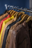 Πολλοί χρωματισμένο σακάκι δέρματος Στοκ Φωτογραφία