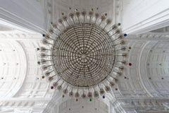 Πολυέλαιος στο ST ναός-06012012-0001-Goa Στοκ Εικόνες