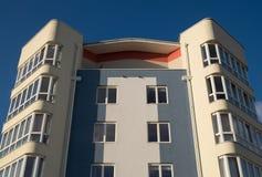 πολυκατοικία σύγχρονη Στοκ φωτογραφία με δικαίωμα ελεύθερης χρήσης