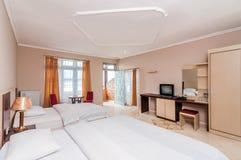 Πολυτέλεια και όμορφο δίδυμο ξενοδοχείο κρεβατοκάμαρων Στοκ Εικόνες