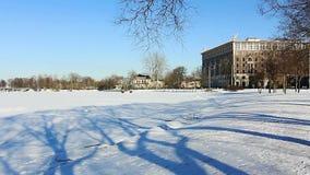 Πολυτέλεια Condo στην ακτή το χειμώνα, Άγιος-Πετρούπολη, Ρωσία φιλμ μικρού μήκους