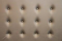 Πολυτελής χρυσή χρήση ταπετσαριών καθισμάτων δέρματος για το υπόβαθρο Στοκ Εικόνα