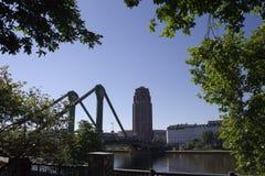 Πολυόροφο κτίριο και γέφυρα στη Φρανκφούρτη στην κύρια Γερμανία #9 Στοκ φωτογραφίες με δικαίωμα ελεύθερης χρήσης