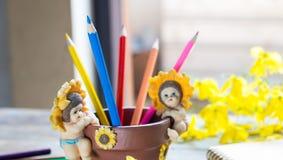 πολυ λευκό μολυβιών χρώματος Στοκ φωτογραφία με δικαίωμα ελεύθερης χρήσης