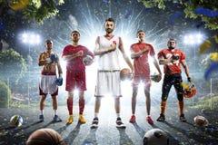 Πολυ πετοσφαίριση ποδοσφαίρου ποδοσφαίρου καλαθοσφαίρισης εγκιβωτισμού αθλητικών κολάζ Στοκ φωτογραφίες με δικαίωμα ελεύθερης χρήσης