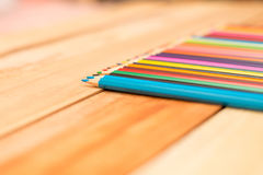 Πολυ χρωματισμένα μολύβια με το διάστημα κειμένων Στοκ Εικόνα