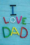 Πολυ χρωματισμένο κείμενο μπαμπάδων αγάπης ι στον πίνακα Στοκ Φωτογραφία