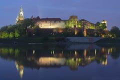Πολωνία, Κρακοβία, Wawel το βασιλικό Castle LIT-επάνω στοκ φωτογραφία με δικαίωμα ελεύθερης χρήσης