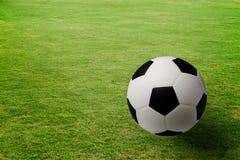ποδόσφαιρο γυαλιού καψίματος σφαιρών aqua Στοκ φωτογραφίες με δικαίωμα ελεύθερης χρήσης