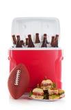 Ποδόσφαιρο: Πιάτο των σάντουιτς και της κρύας μπύρας Στοκ Εικόνα