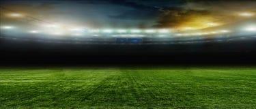 Ποδόσφαιρο bal Ποδόσφαιρο Στο στάδιο Στοκ Εικόνα