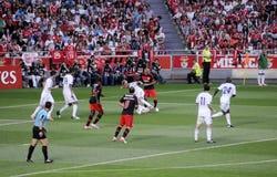 Ποδόσφαιρο Fans_Photographers Players_ Foul_Soccer Στοκ Εικόνες