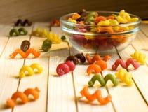 πολύχρωμα ζυμαρικά Στοκ Εικόνες