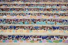 Πολύχρωμα κεραμωμένα σκαλοπάτια Στοκ εικόνες με δικαίωμα ελεύθερης χρήσης