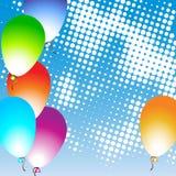 Πολύχρωμα μπαλόνια και υπόβαθρο ουρανού Στοκ Εικόνες