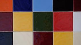 Πολύχρωμος των κεραμιδιών τοίχων Στοκ εικόνες με δικαίωμα ελεύθερης χρήσης