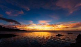 Πολύ ηλιοβασίλεμα Camiguin Στοκ Εικόνες