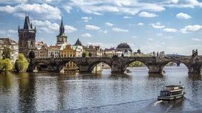 Πράγα, γέφυρα του Charles (Karluv πιό πολύ) Στοκ Φωτογραφίες
