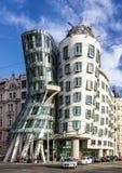Πράγα, Δημοκρατία της Τσεχίας Διάσημο χορεύοντας σπίτι, Fred και πιπερόριζα Ho Στοκ Εικόνες