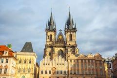 25 01 2018 Πράγα, Δημοκρατία της Τσεχίας - παλαιές πλατεία της πόλης και εκκλησία ο Στοκ Φωτογραφίες