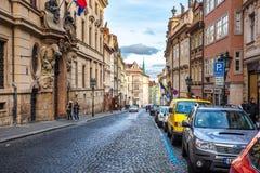 24 01 2018 Πράγα, Δημοκρατία της Τσεχίας - που περπατά μέσω των οδών Στοκ φωτογραφίες με δικαίωμα ελεύθερης χρήσης