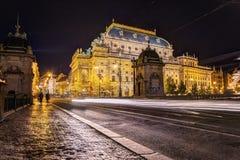 Πράγα, Δημοκρατία της Τσεχίας, στις 22 Απριλίου 2019 - οδοί βραδιού της Πράγας στοκ εικόνα με δικαίωμα ελεύθερης χρήσης