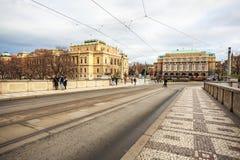 24 01 2018 Πράγα, Δημοκρατία της Τσεχίας - Rudolfinum που χτίζει τον Ιανουάριο το Π Στοκ φωτογραφία με δικαίωμα ελεύθερης χρήσης