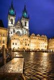 Πράγα, τετράγωνο αγοράς τη νύχτα Στοκ Εικόνες