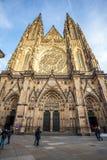 24 01 2018 Πράγα, τσεχικό Rebublic - μπροστινή άποψη του κύριου entra Στοκ Εικόνα