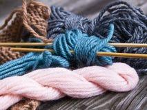 Πράγματα για το πλέξιμο Στοκ φωτογραφία με δικαίωμα ελεύθερης χρήσης