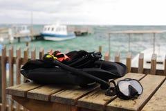 Πράγματα κατάδυσης κοντά στη θάλασσα στο θερινό χρόνο στοκ εικόνες με δικαίωμα ελεύθερης χρήσης