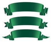 Πράσινα εμβλήματα κορδελλών καθορισμένα οριζόντια απομονωμένα επάνω στο άσπρο υπόβαθρο Στοκ εικόνες με δικαίωμα ελεύθερης χρήσης