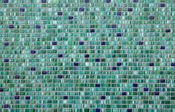 πράσινα κεραμίδια μωσαϊκών παλαιό παράθυρο σύστασης λεπτομέρειας ανασκόπησης ξύλινο Στοκ Φωτογραφία