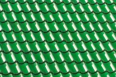 Πράσινα κεραμίδια στεγών σπιτιών Γεωμετρική εικόνα υποβάθρου σχεδίων Στοκ Φωτογραφία