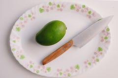 Πράσινα μάγκο & μαχαίρι Στοκ Φωτογραφία