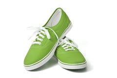 πράσινα πάνινα παπούτσια Στοκ Φωτογραφίες
