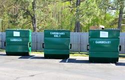 Πράσινα παρακαλώ ανακύκλωσης δοχεία Στοκ Φωτογραφία