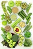 Πράσινα τρόφιμα για μια υγιεινή διατροφή στοκ εικόνα
