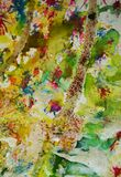 Πράσινα χρυσά κόκκινα σημεία κρητιδογραφιών Watercolor, υπόβαθρο μορφών αντίθεσης στα χρώματα κρητιδογραφιών Στοκ φωτογραφία με δικαίωμα ελεύθερης χρήσης