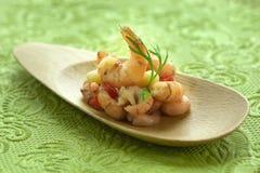πράσινες γαρίδες πιάτων Στοκ Φωτογραφίες
