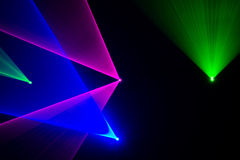 Πράσινες, κόκκινες και μπλε ακτίνες λέιζερ Στοκ εικόνες με δικαίωμα ελεύθερης χρήσης