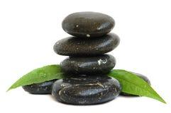 πράσινες πέτρες SPA φύλλων στοκ εικόνα